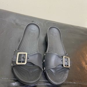 Crocs Buckle Strap Low Rise Wedge Sandal sz. 8